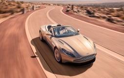 Aston Martin DB11 Volante-001