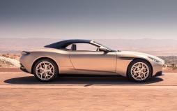 Aston Martin DB11 Volante-007