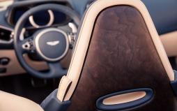 Aston Martin DB11 Volante-013