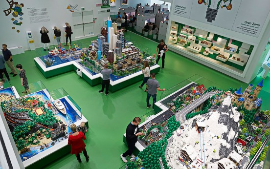 LEGO House-012