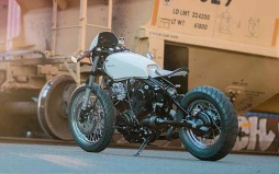 Yamaha XV920 custom de Blank Slate Cycles-002