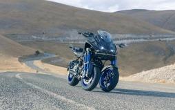 Yamaha Niken-006