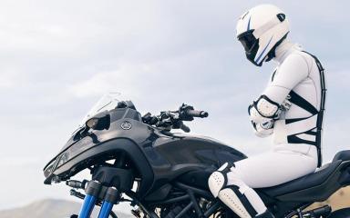 Yamaha Niken-009