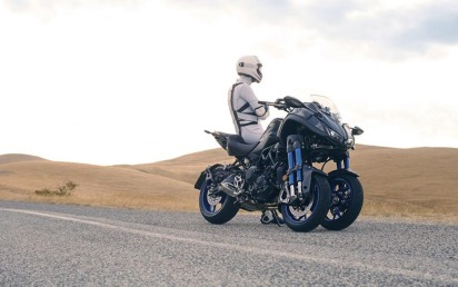 Yamaha Niken-010