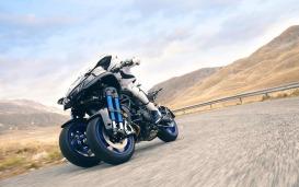 Yamaha Niken-017