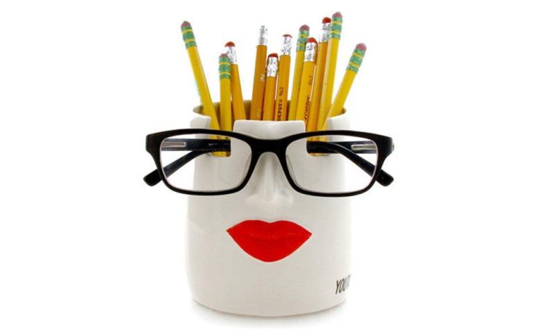 Taza para lapices y gafas