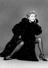 1993 Debbie Reynolds Richard Avedon-000