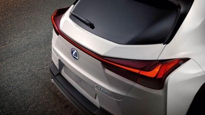 Lexus UX-004