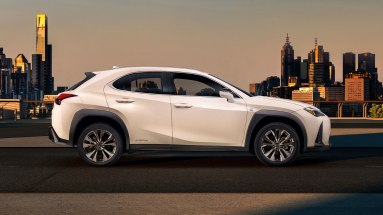 Lexus UX-005