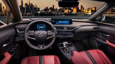 Lexus UX-007