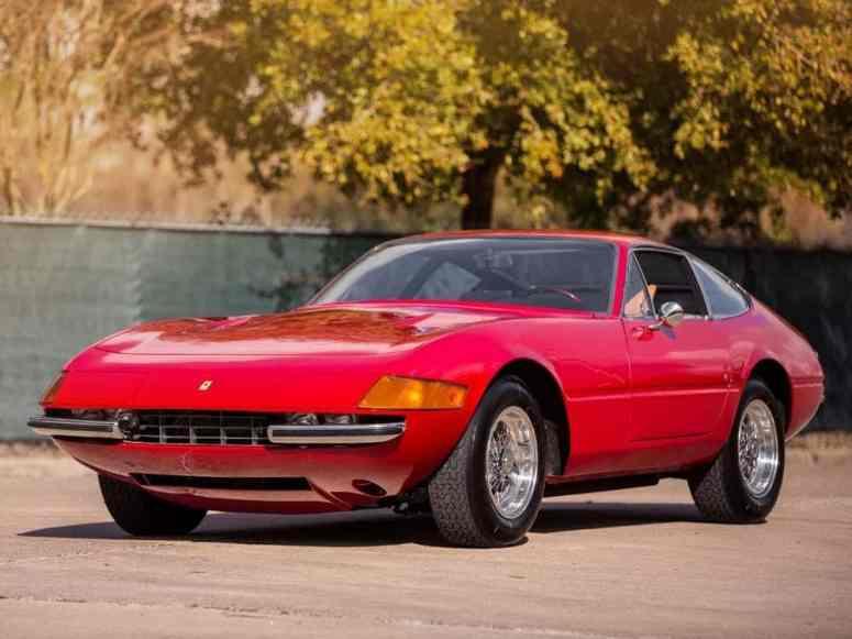 Ferrari-365-GTB-4-Daytona