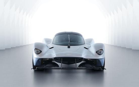 Aston Martin Valkyrie-000